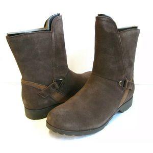 Women's TEVA Segundo Mid Brown zip-up Boots size 7